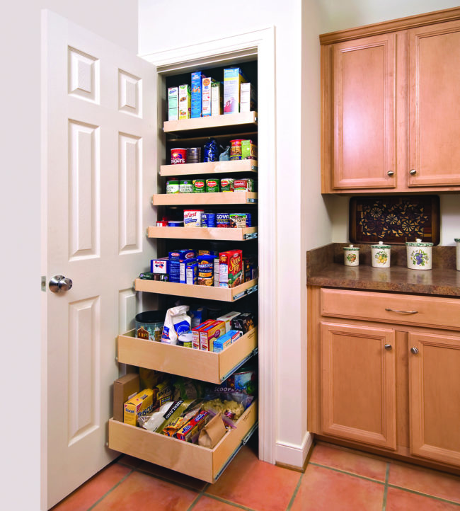 Image of an organized pantry